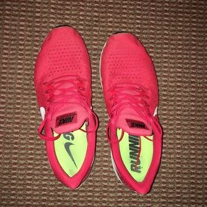 Nike Zoom Pegasus 35 Mens Running Shoe